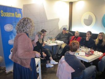 SOKRATOVI-KAFEISokratov-kafe-Mostar-2019.-Nasilje-nad-ženama-Andreja-Pehar-.