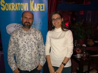 SOKRATOVI-KAFEISokratov-kafe-Zenica-2019.-Patriotizam-vs-nacionalizam-Bernard-Harbaš-i-Nikolina-Baručanin